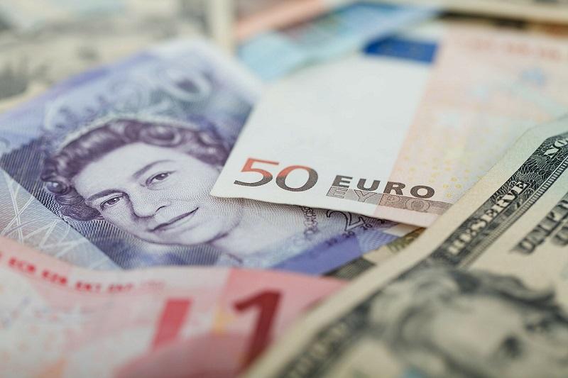 外貨 ポンドとドルとユーロ