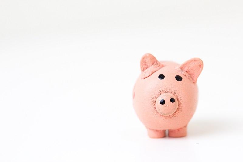 豚の貯金箱でお金を増やす積立のイメージ