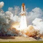 スペースシャトル発射で仮想通貨が暴騰するイメージを出す